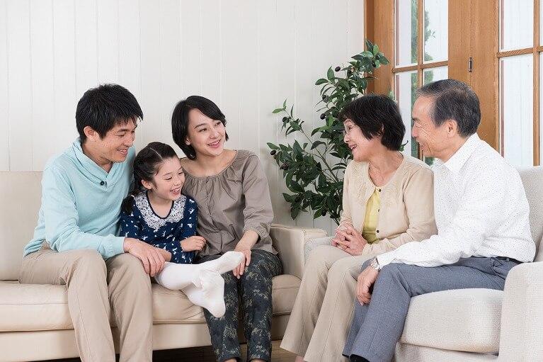 もっとも安心して愚痴や不安を話せるのが、ご家族です